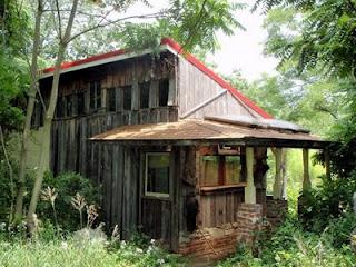claymont sauna building
